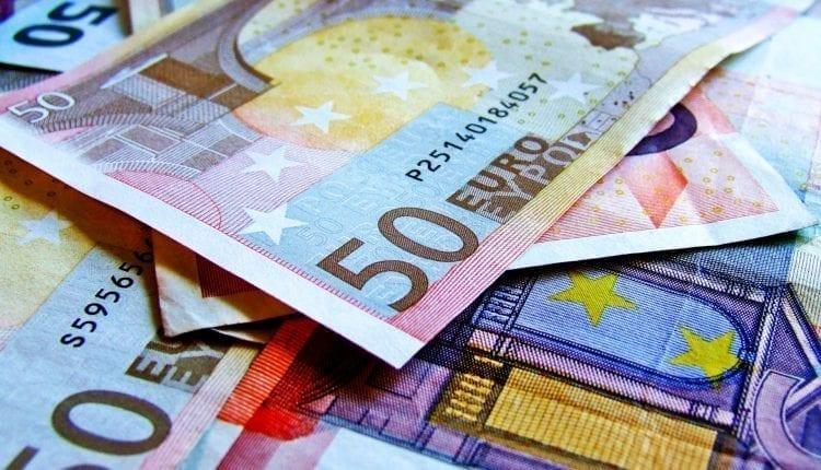 Le risque politique pour la zone euro se dissipe