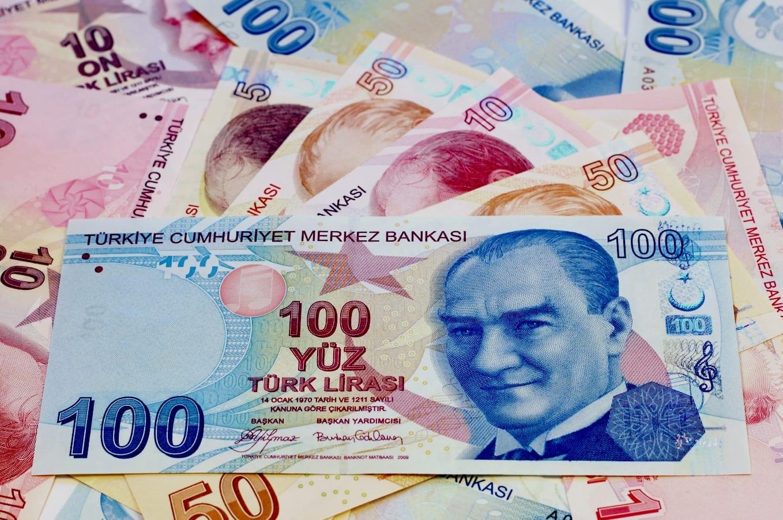 Le Dollar Atteint Un Sommet De 7 Mois Sur Le Forex Face A La